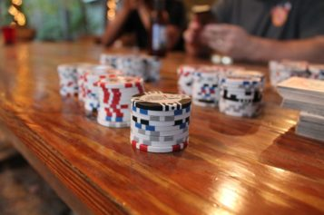 Make real money online by playing poker domino online