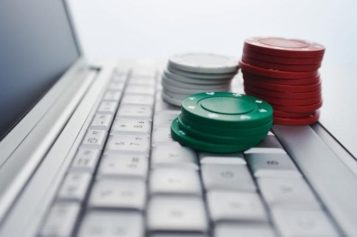 The Most Practical Tips for the Rookies Playing Poker DominoQq Online