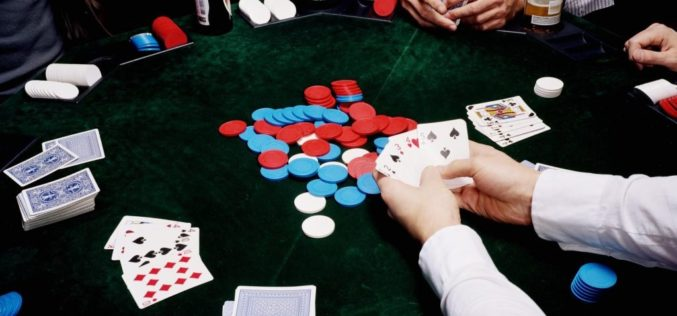 Play online poker game with confidence and earn huge sums of money