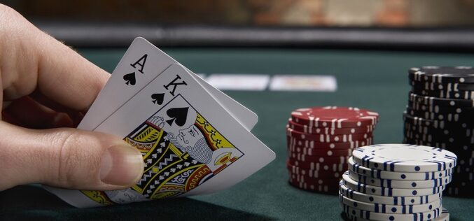 3 Tips on How to Play Blackjack