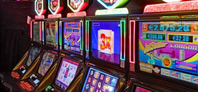 Information on how to Play at Online Casino